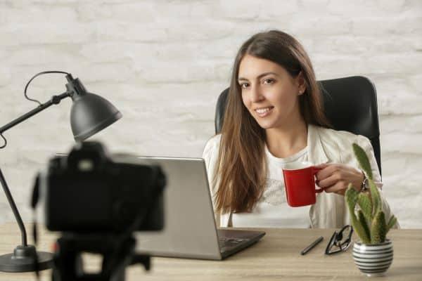 female teacher online