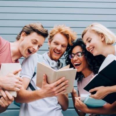 The 22 Best Books Every Aspiring Entrepreneur Should Read
