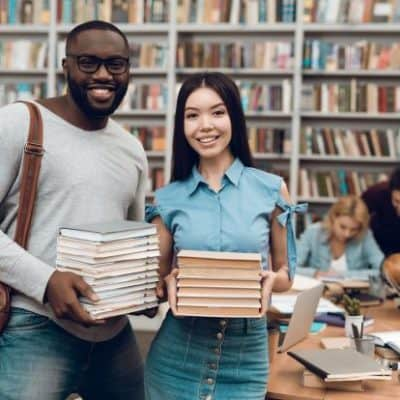 10 + Best Books For Young Entrepreneurs to Kickstart and Grow a Business