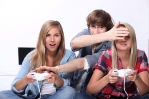 teens playing games
